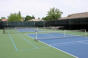 hloa_09_1024_tennis.jpg